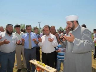 Ceremonia e fillimit të punimeve për xhaminë e re në fshatin Shtuf