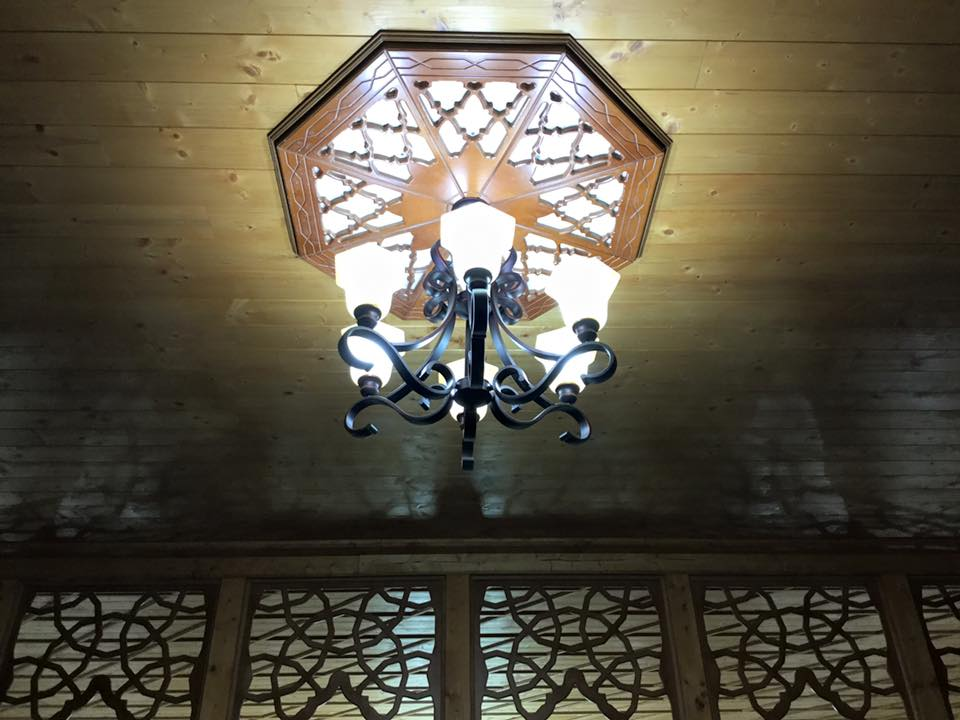 Inspektohet xhamia e re në fshatin Shtoj i Ri