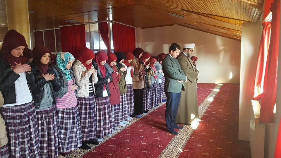Medreseja e vajzave, përkujtohet rihapja e Xhamisë së Plumbit
