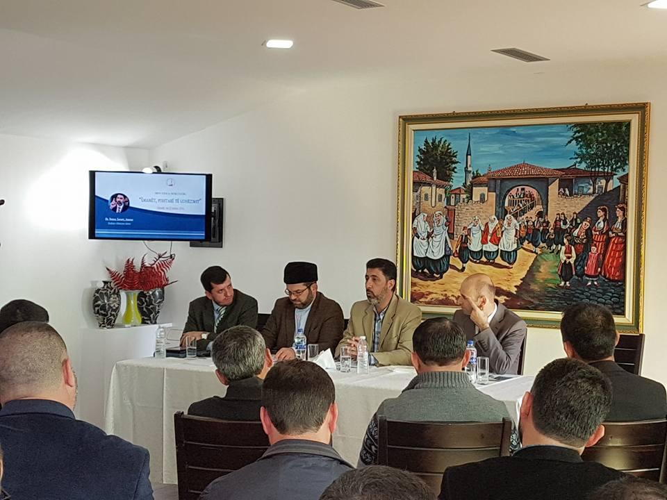 """""""Imamët, pishtarë të udhëzimit"""", seminar me imamët e Shkodrës"""