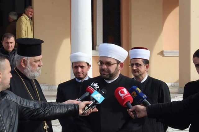 Myftiu uroi të krishterët e Shkodrës me rastin e Festës