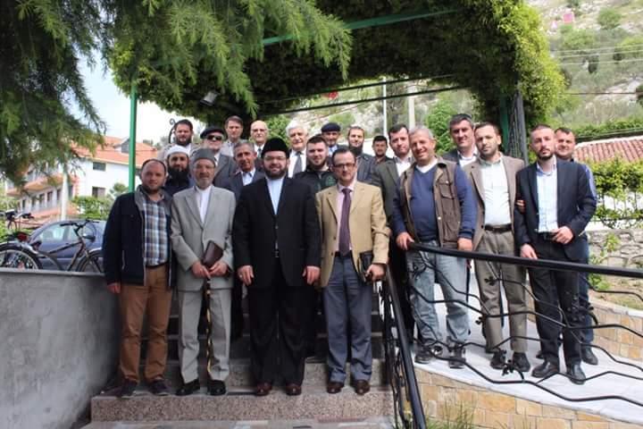 """Myftiu: """"Të zhvillojmë një tubim lutjeje, për shërimin e islamofobëve në trojet shqiptare!"""""""