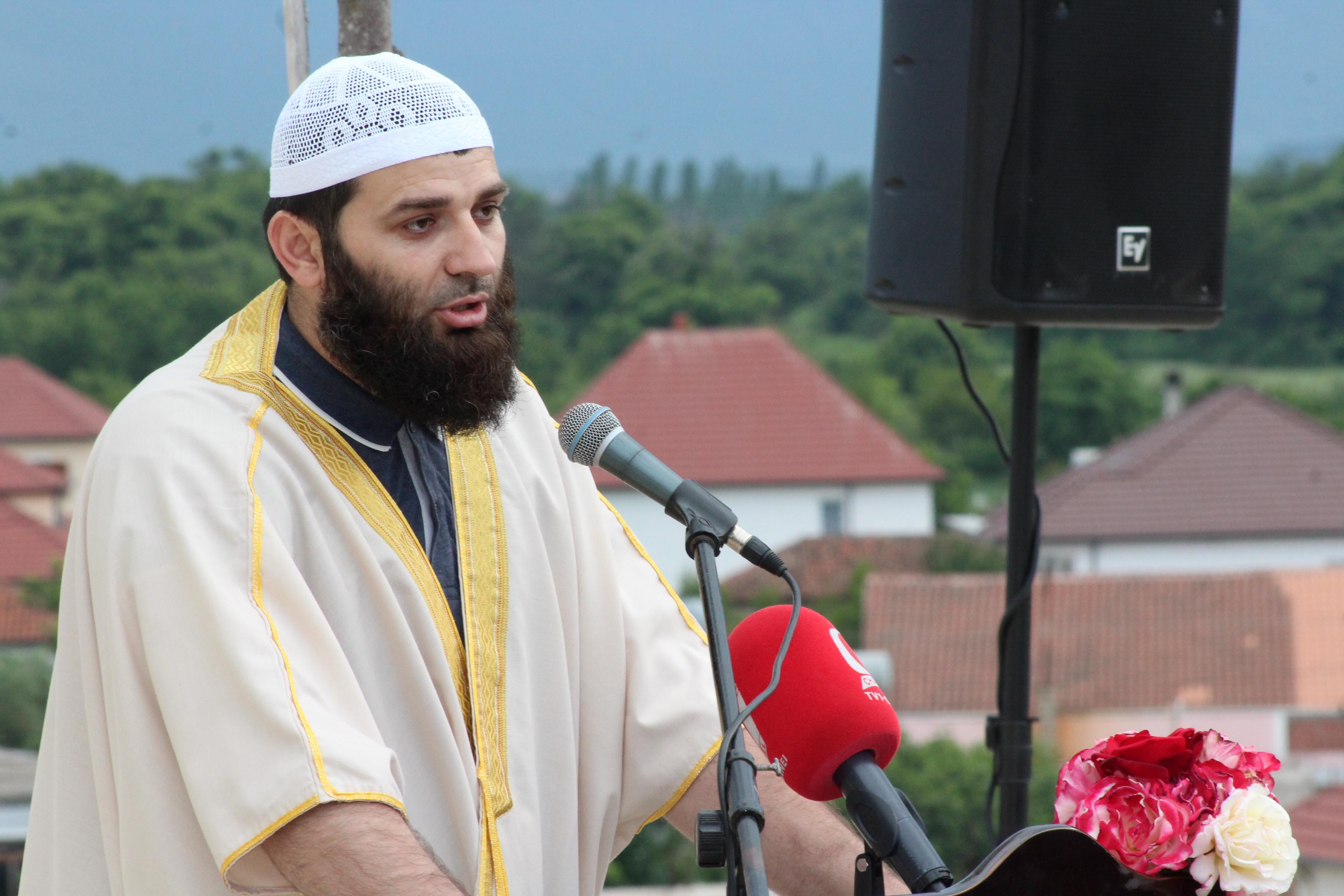 Xhamia Kullaj, tubim vlerash në prag të Ramazanit