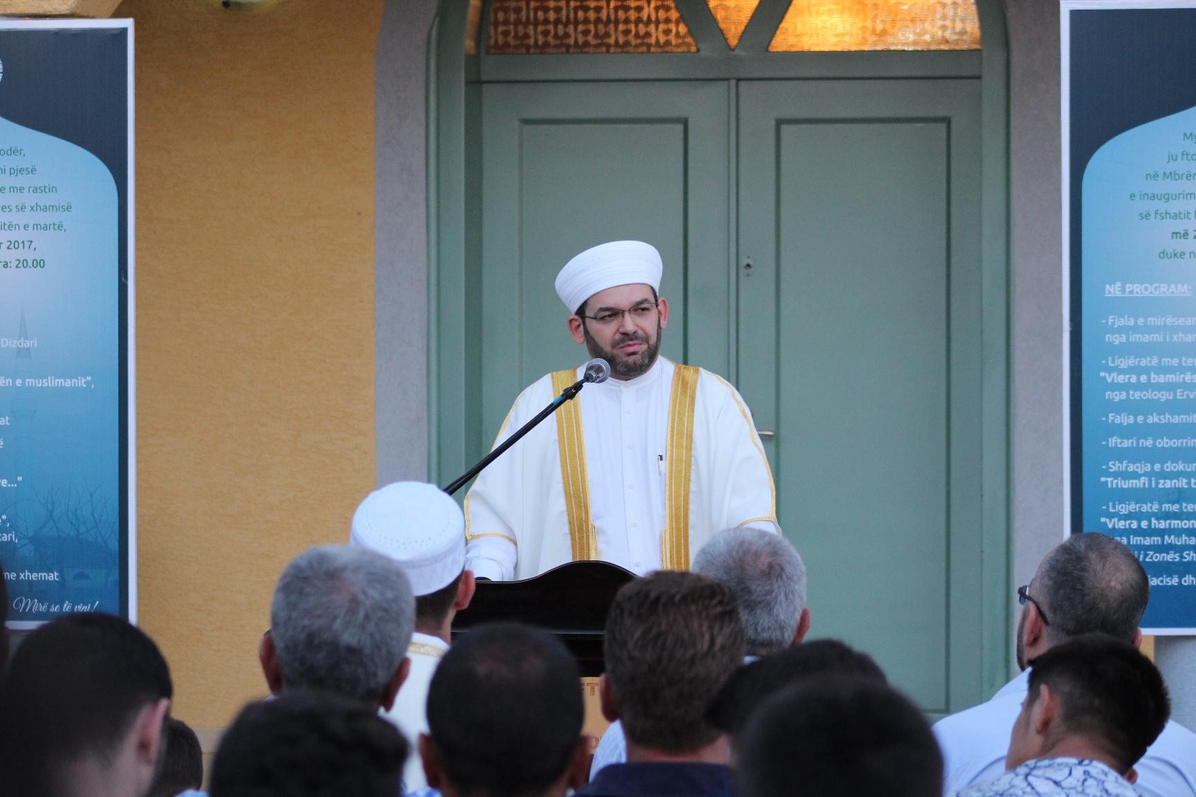 Inaugurohet minarja e xhamisë Bardhaj