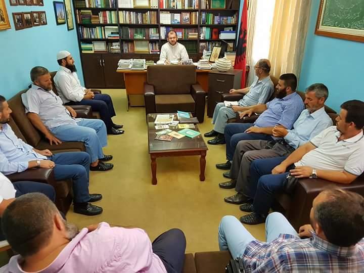 Imamët e Shkodrës, hytbe dhe lutje masive për t'u distancuar nga haramet