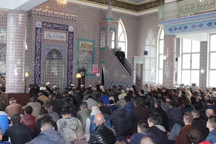 Myftiu i Kosovës, Mr. Naim Tërnava, mbajti hytben e xhumasë në xhaminë e Parrucës