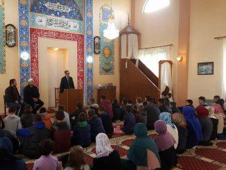 Aktivitet arsimor dhe argëtues mes nxënësve të xhamive Bardhaj dhe Mes-Myselim