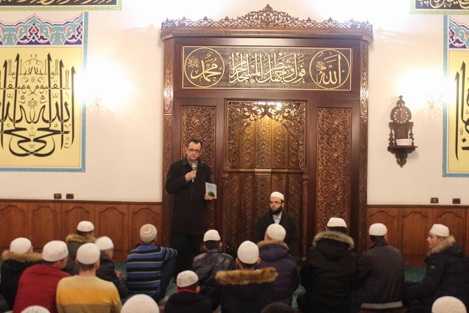 Mexhlis hadithi në xhaminë e Medresesë