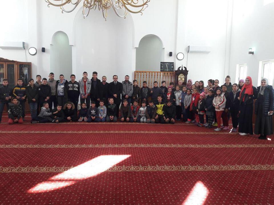 Aktivitet arsimor dhe argëtues në mes nxënësve të xhamiveKullaj dhe Dragoç