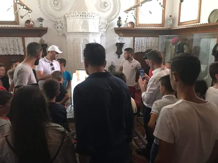 Vizitë në muzeun e qytetit dhe në xhaminë e Dërgutit
