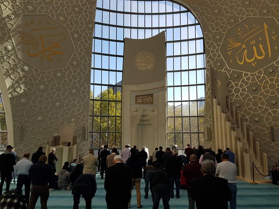 Myftiu i Shkodrës ligjëroi në ceremoninë e xhamisë së re në Troisdorf
