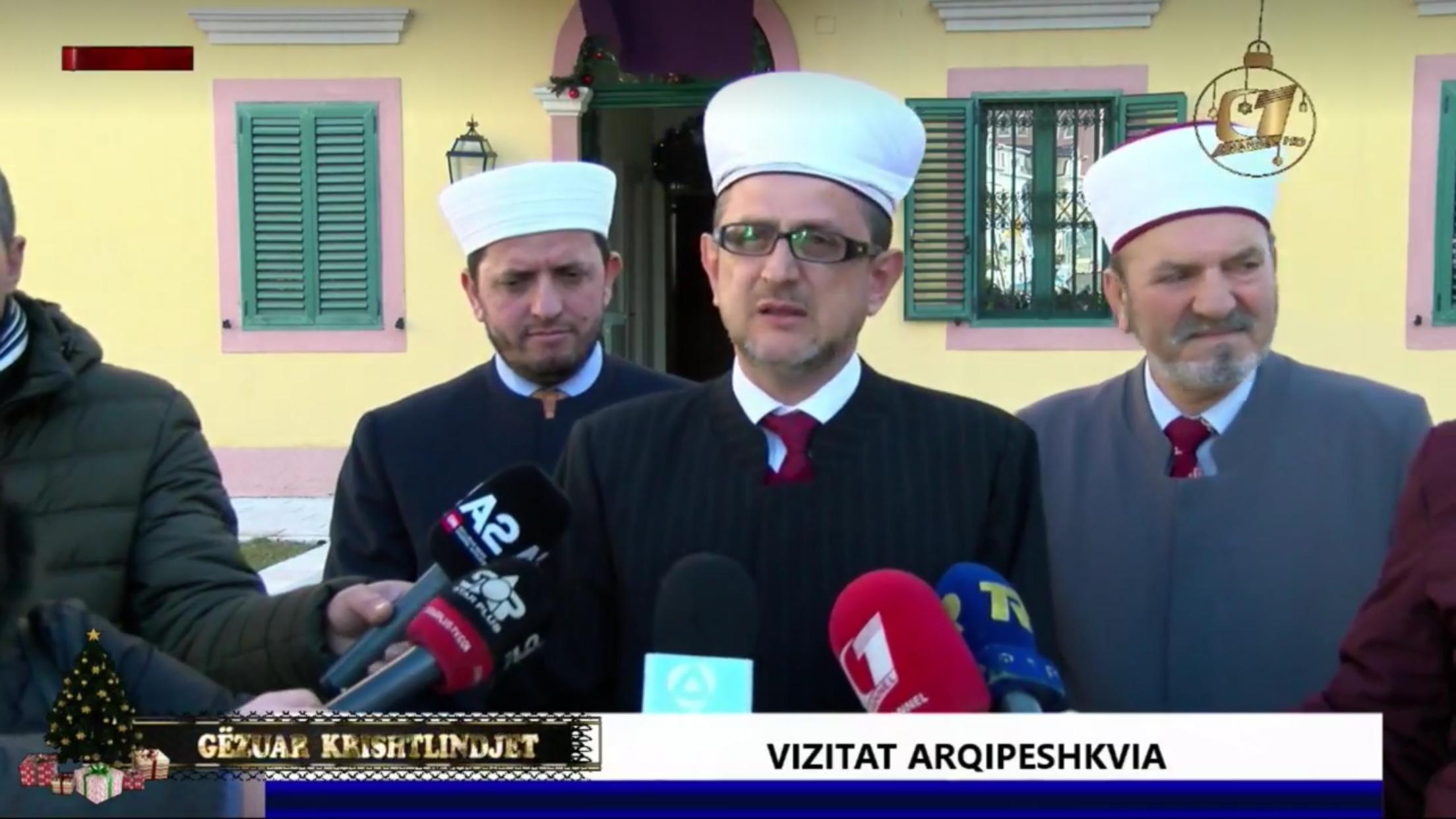 Përfaqësues të Myftinisë Shkodër zhvillojnë vizita në Kishën Ortodokse dhe Katolike të Shkodrës për festën e Krishtlindjes