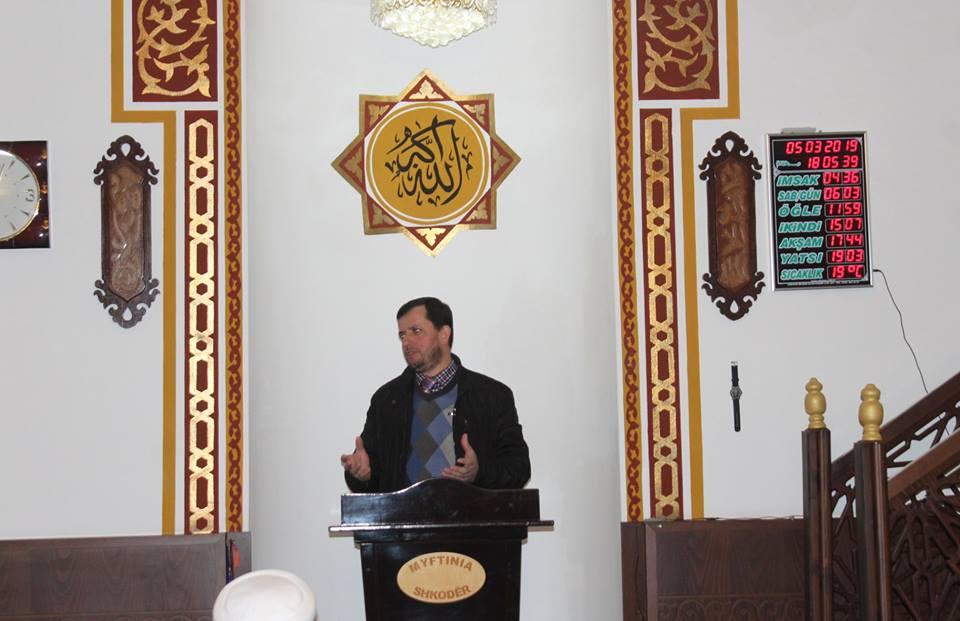 """""""Lutja në jetën e muslimanit"""", ligjërata me vlerë në xhaminë e Dërgutit"""