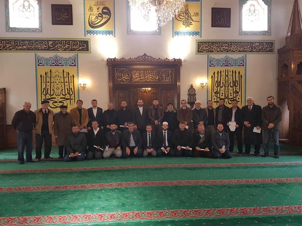 Myftiu takoi imamët në prag të Tre Muajve të Mirë