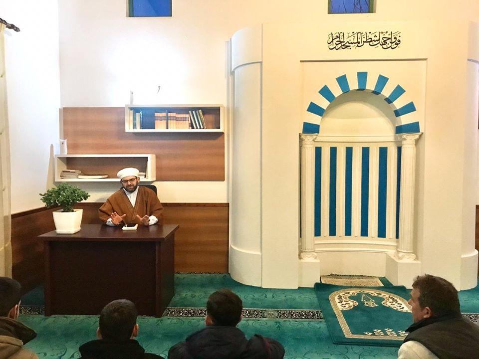 Myftiu ligjëroi në xhaminë e Gucisë së Re
