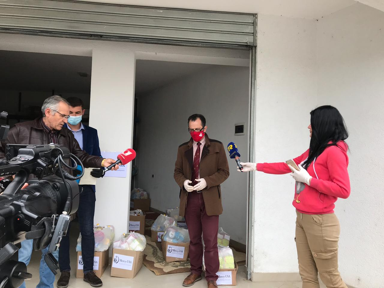 Myftinia Shkodër në prag të Ramazanit shpërndan 60 pako më ndihma ushqimore