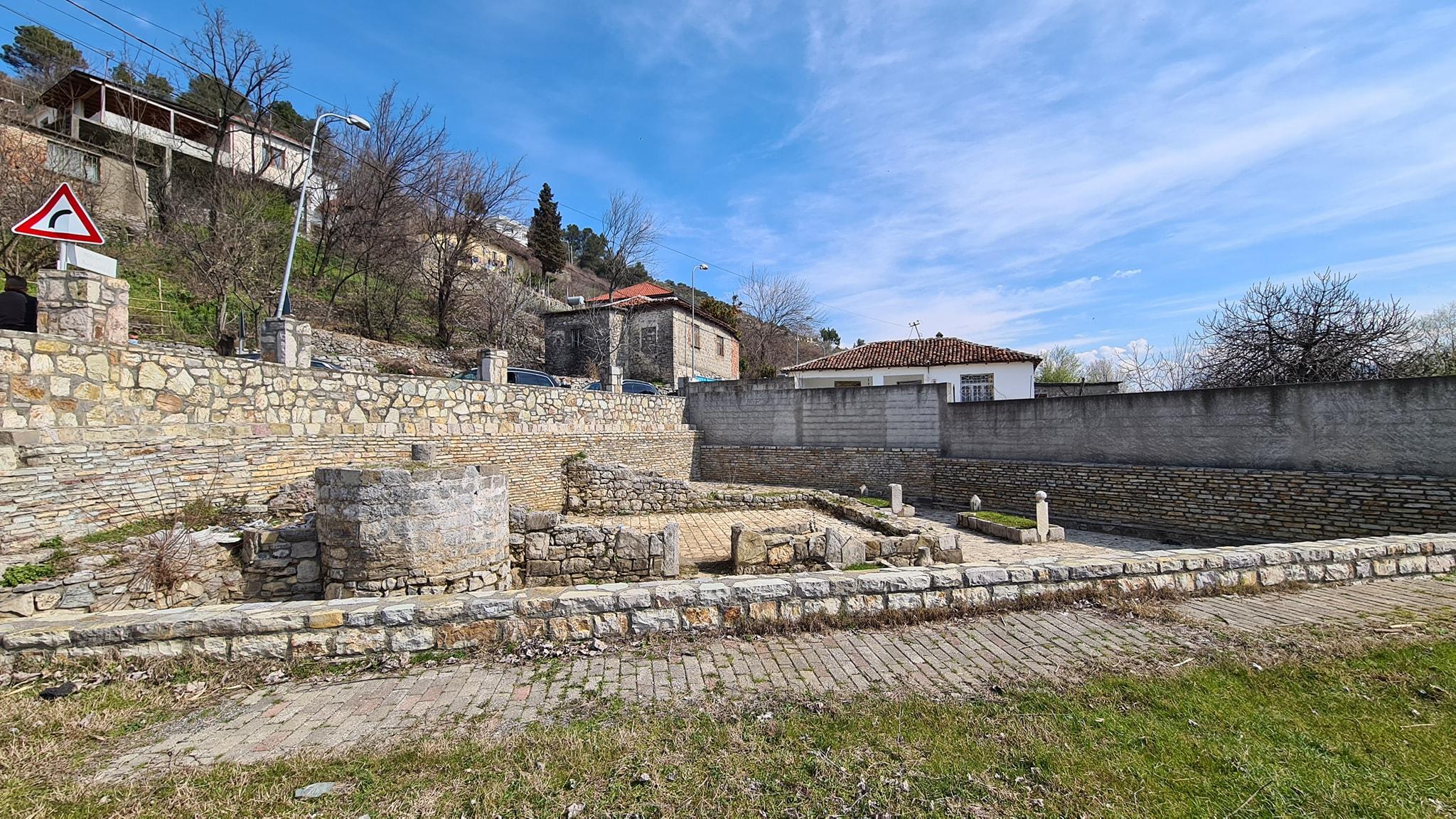 """Myftiu: """"Xhamia e Plumbit, gjurmë e trashëgimisë arnaute të arkitekturës osmane"""""""